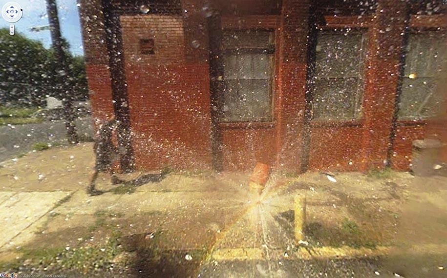 TechieApps-Google Earth and Google Street View pics-Lightning Burst of Water
