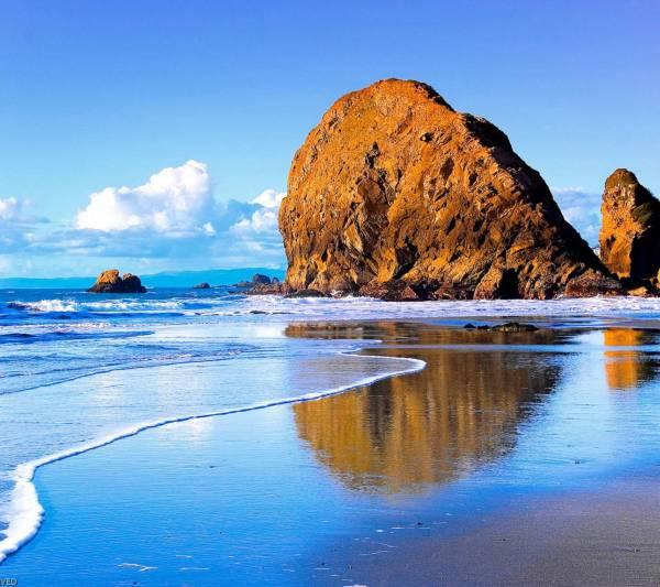 39. Rock-Beach-Samsung-Galaxy-S4-Wallpaper