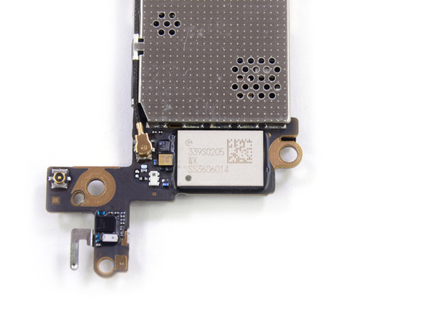 12. iPhone-5s-Teardown