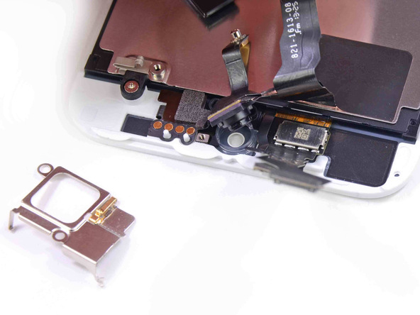 17. iPhone-5s-Teardown