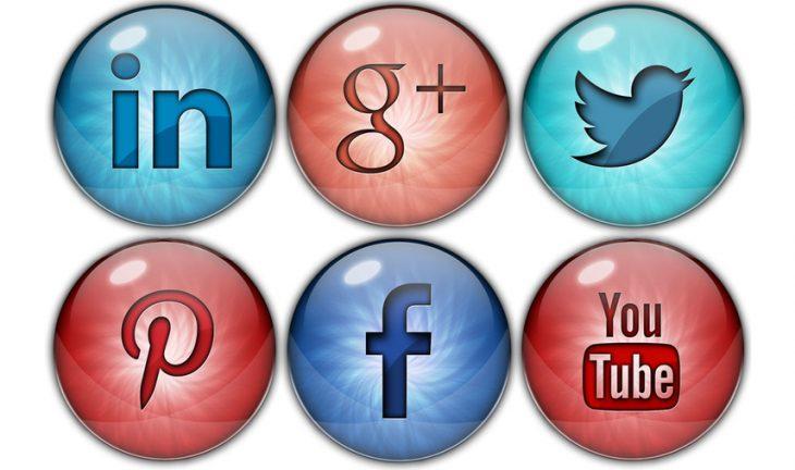 add-social-media-buttons (1)